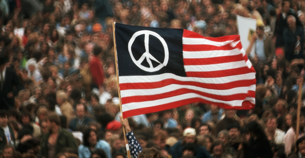 an overview of the series of youth protest of the vietnam war This photo essay, part one of a three-part series, looks at the earlier stages of us involvement in the vietnam war, as well as the growing protest movement, between the years 1962 and 1967 be.